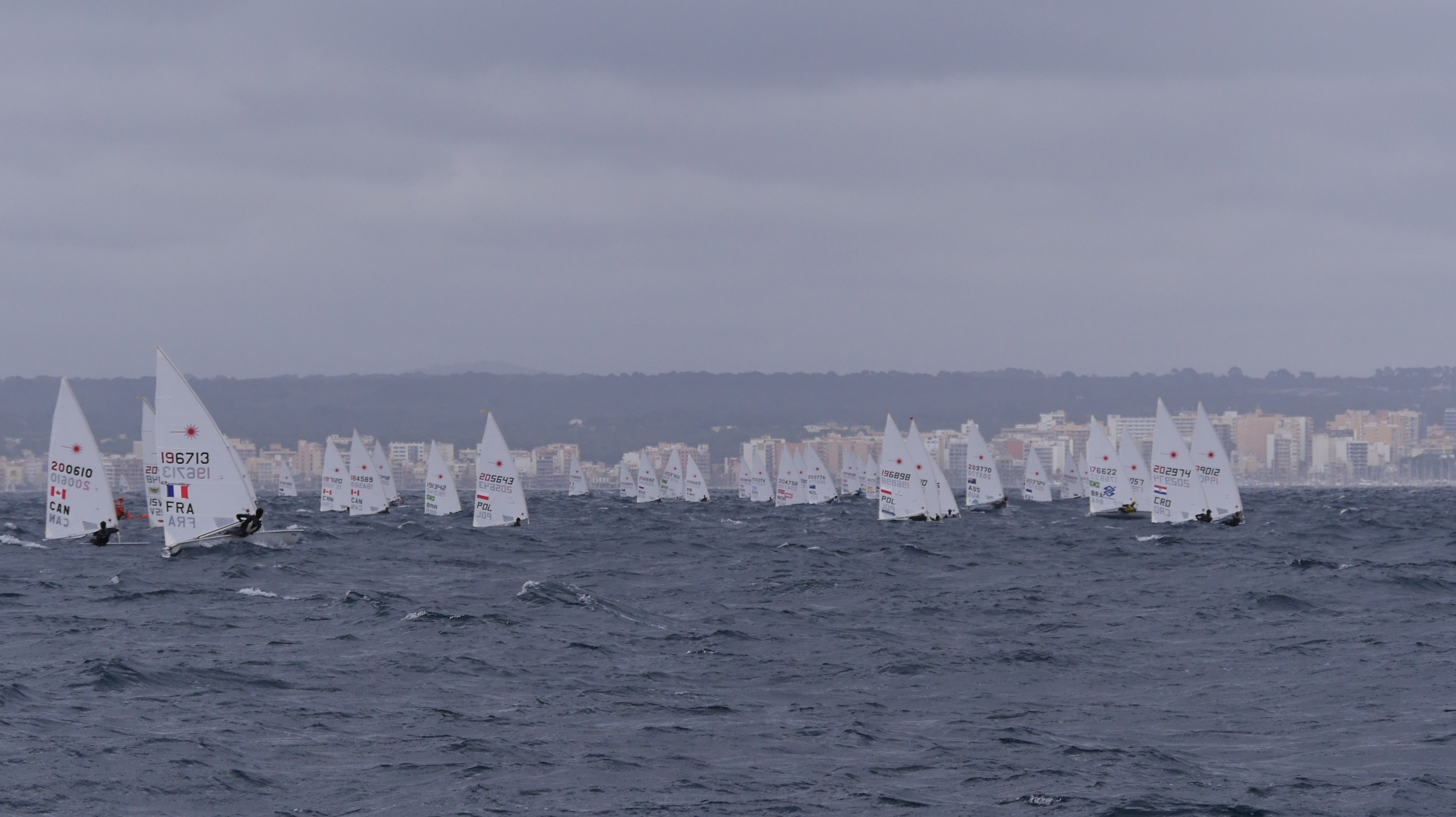 Strong winds on day 4!  I'm some where in there